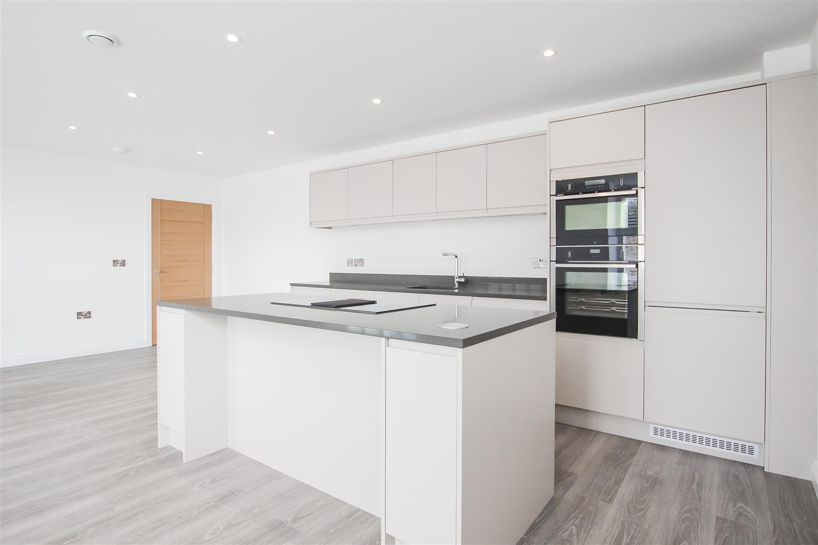 2 Bedroom Apartment For Sale - Image 4